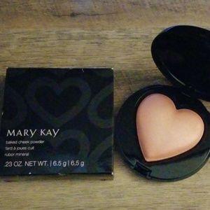 Mary Kay baked cheek powder